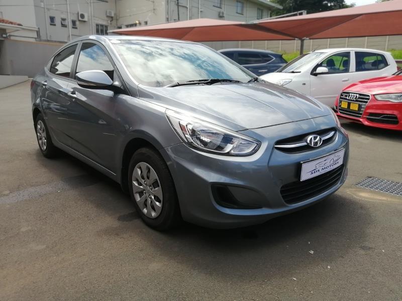 Hyundai sedan 1.6 Motion