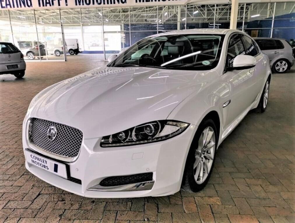 Jaguar 2.2D Premium Luxury
