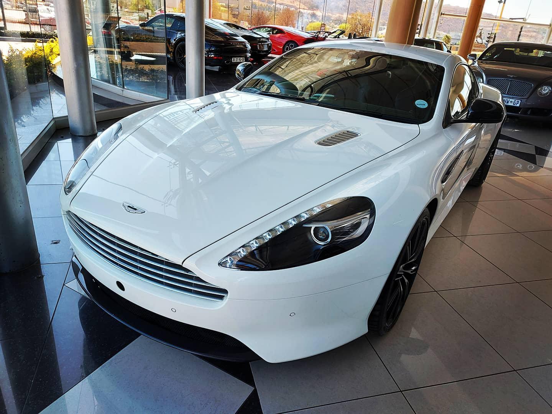 Aston Martin GT coupe