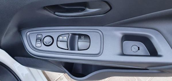 Nissan 66kW turbo Visia