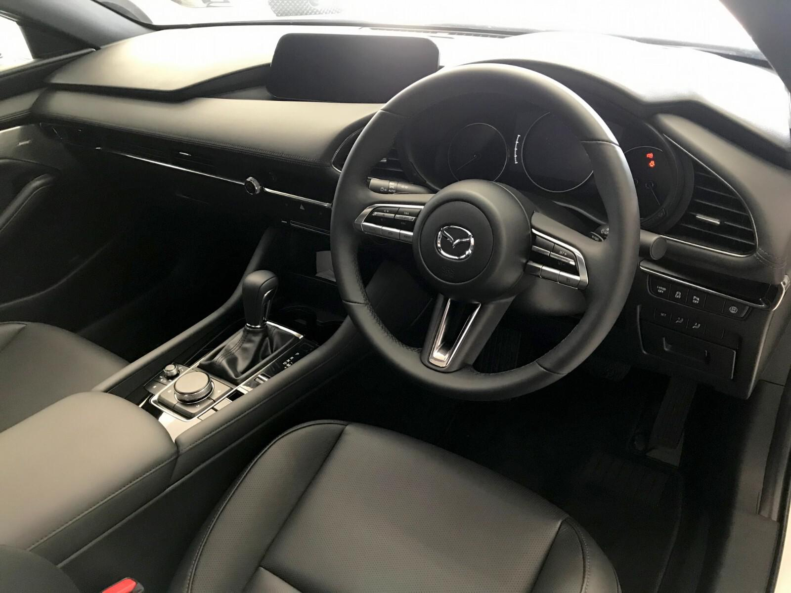 Mazda hatch 2.0 Astina